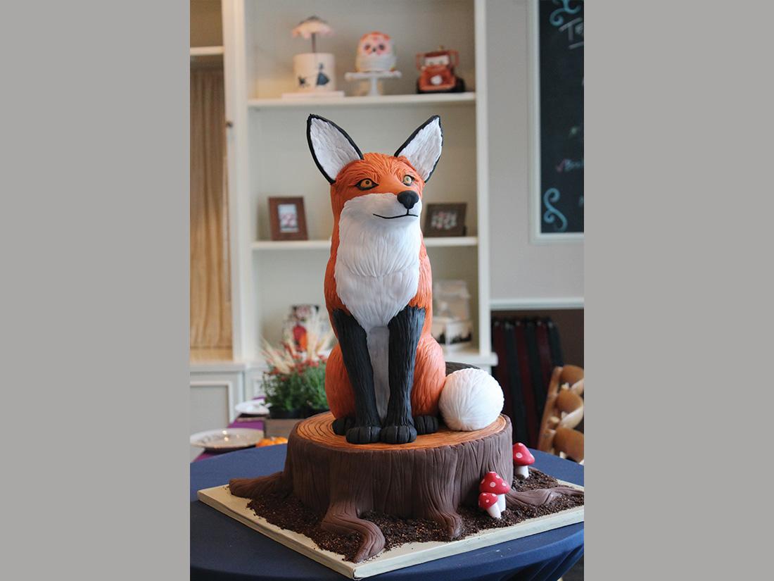 Urban-Icing-Fox-Cake